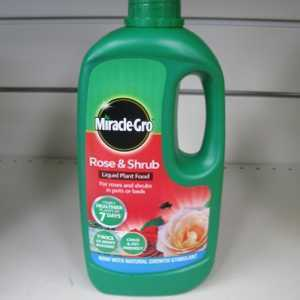 Miracle-Gro Rose, Tree & Shrub Concerntrate Liquid Food