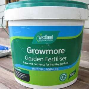Growmore Garden Fertiliser by Westland 10kg